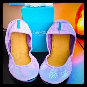 Lavender Patent Tieks Size 7
